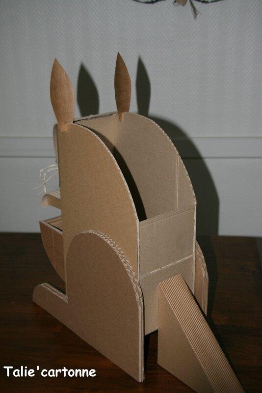 meuble en carton page 7 talie cartonne. Black Bedroom Furniture Sets. Home Design Ideas