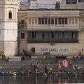Séance de vie quotidienne sur les bords du Pichola, Udaipur
