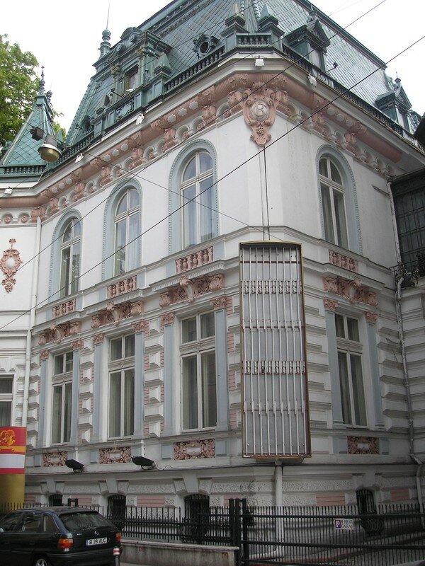 6, str. Biserica Amzei: Radu Arion's villa