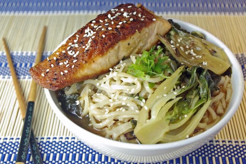 seared-salmon-and-spicy-miso-soup@2x_s (1)