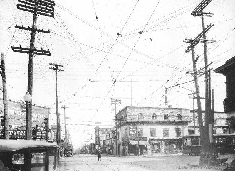 1928 Avenue du Mont-Royal coin Saint-Laurent vers l'est, Archives de la Ville de Montréal,VM098-Y-D2-P056