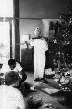 1954-12-CO-Christmas-010-1-marilyn_monroe_XC_01