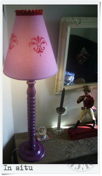 GRANDE LAMPE PIEDS TORSADE- in situ