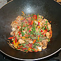 Wok de colin à l'asiatique