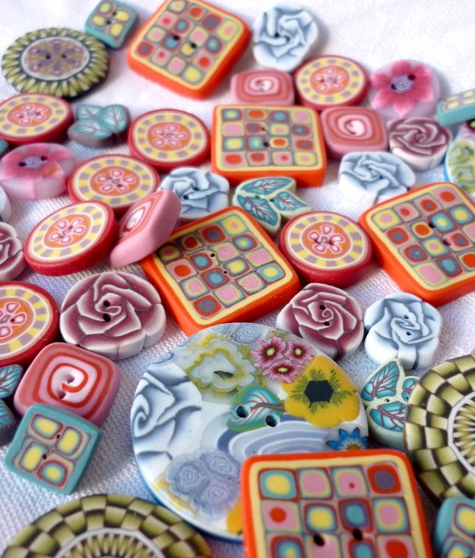 boutons colores chifonie