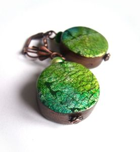 crackeld green earrings