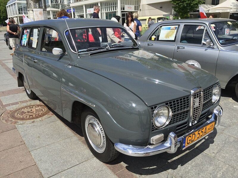 1966_Saab_95_with_841_cc_3-cylinder_2-stroke_engine_in_Sopot_Poland_1of7