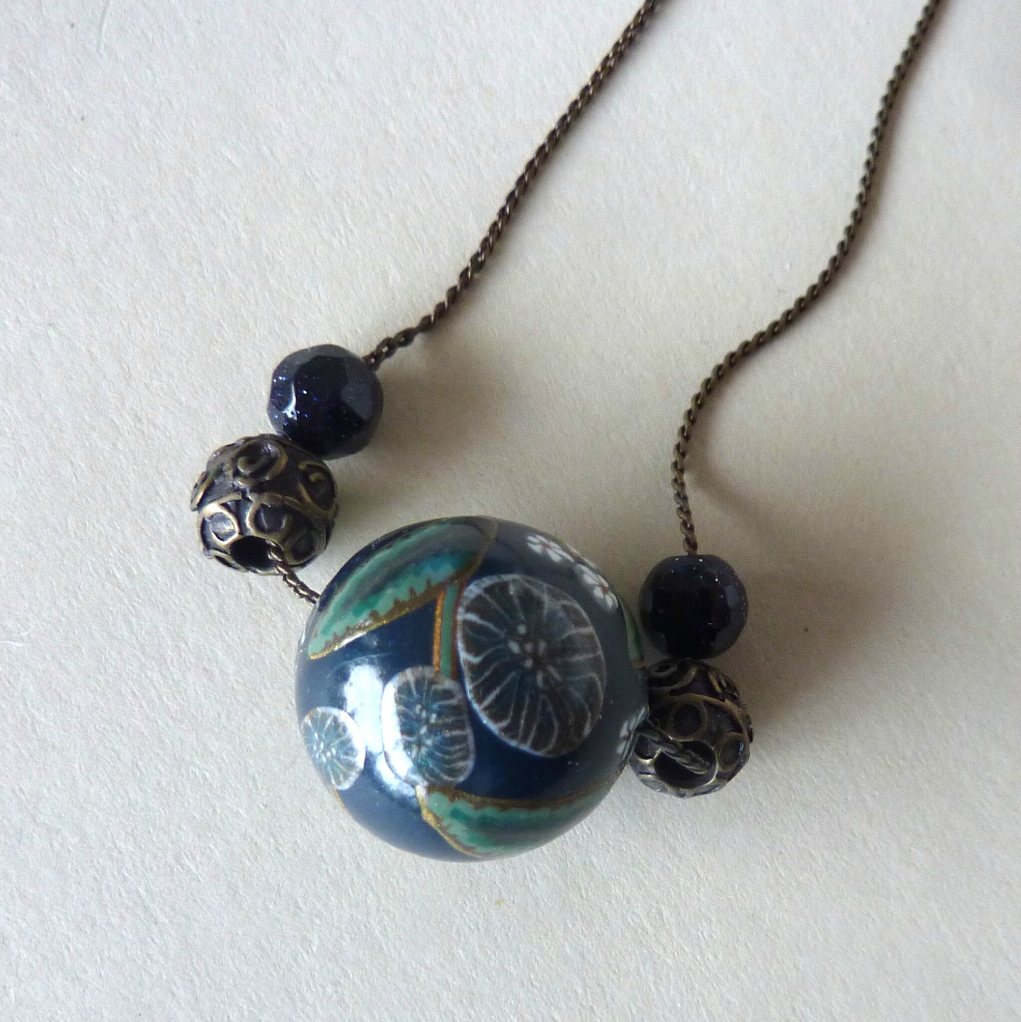 Collier ronde 2