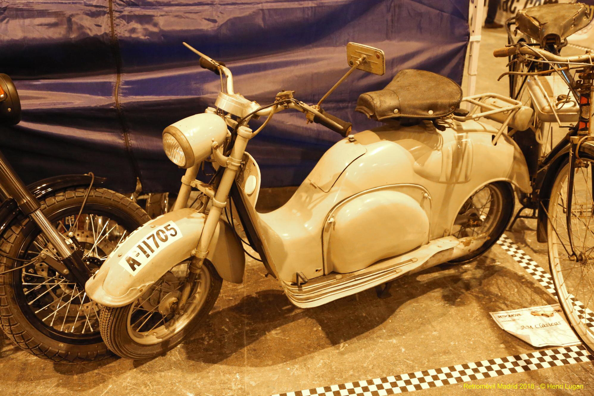 Iso Scooter 125cc_01 - 1953 [I] HL_GF