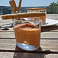 Mousse de poivron, gressins à la poudre d'amande
