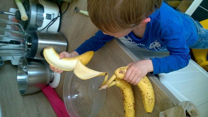 Epluchage de banaes