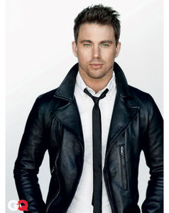 GQ_March_2011_photoshoot_channing_tatum_30618634_409_516