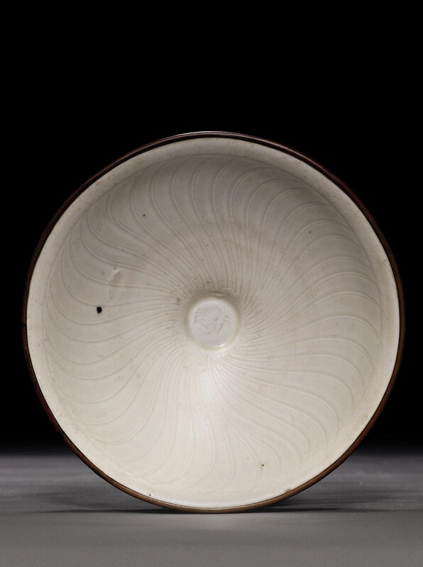 A small Dingyao carved bowl, Northern Song dynasty (960-1127)
