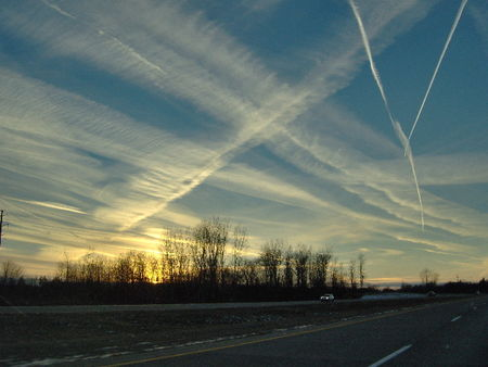 Dec_14_07_chemtrails_at_Sarnia_to_Flint_to_Chicago_Kiss_of_Life_MC__54_