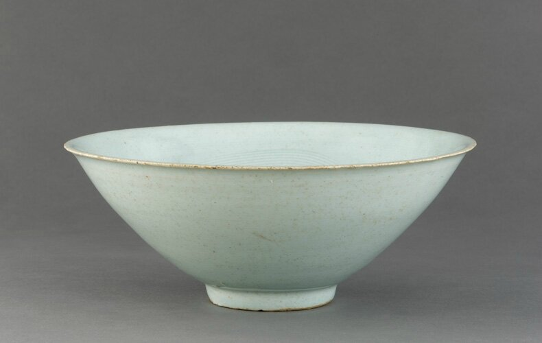 Qingbai ware bowl with incised decoration, 11th century, Northern Song dynasty. Porcelain with translucent pale-blue (qingbai) glaze, H: 7.0 W: 17.5 cm, Jingdezhen, China. Purchase F1944.47. Freer/Sackler © 2014 Smithsonian Institution