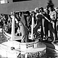 jayne_bikini_leopard-1956-12-15-las_vegas-with_mickey-1-1