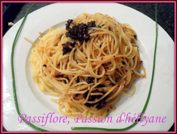 Pate Spaghetti A L Ail Huile D Olive Olives Noires Passiflore