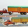 Tracteur willème et semi remorque bâchée. dinky toys. #36 b. made in france