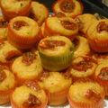 Mini muffins à la tomate confite et aux pignons