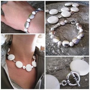 page_howlite
