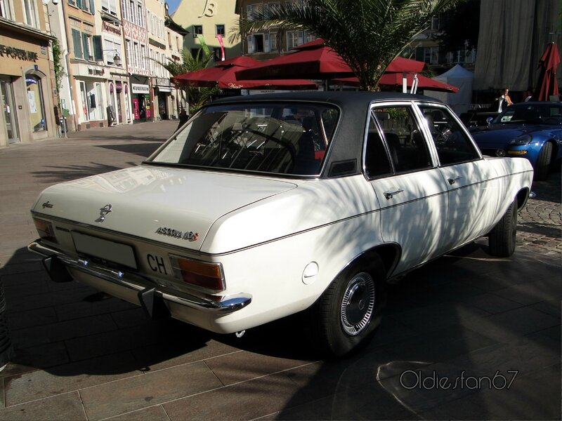 Opel-ascona-A-16S-automatic-berline-4portes-1970-1975-b