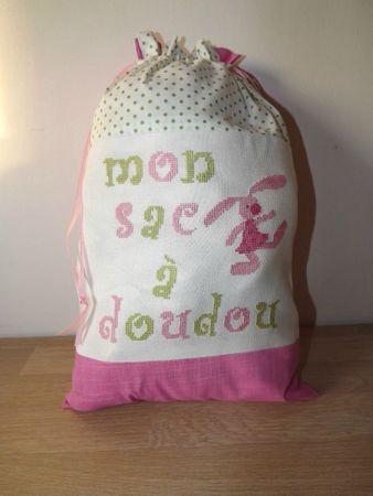sac à doudou lapin rose 1