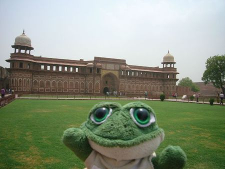 Photo de brOOky devant le Fort Rpuge d'Agra en IndeFort
