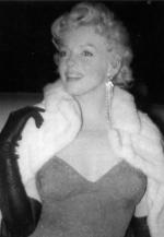 mm_dress-moore_red-1956-02-08-middle_of_the_night-3