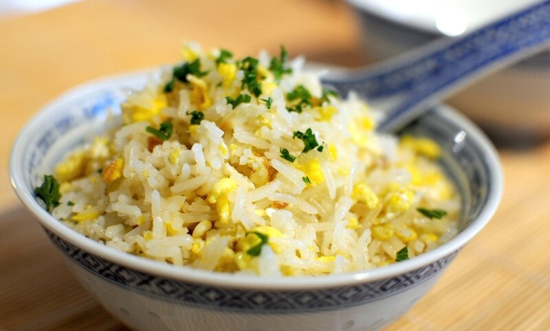 Fried eggs rice1