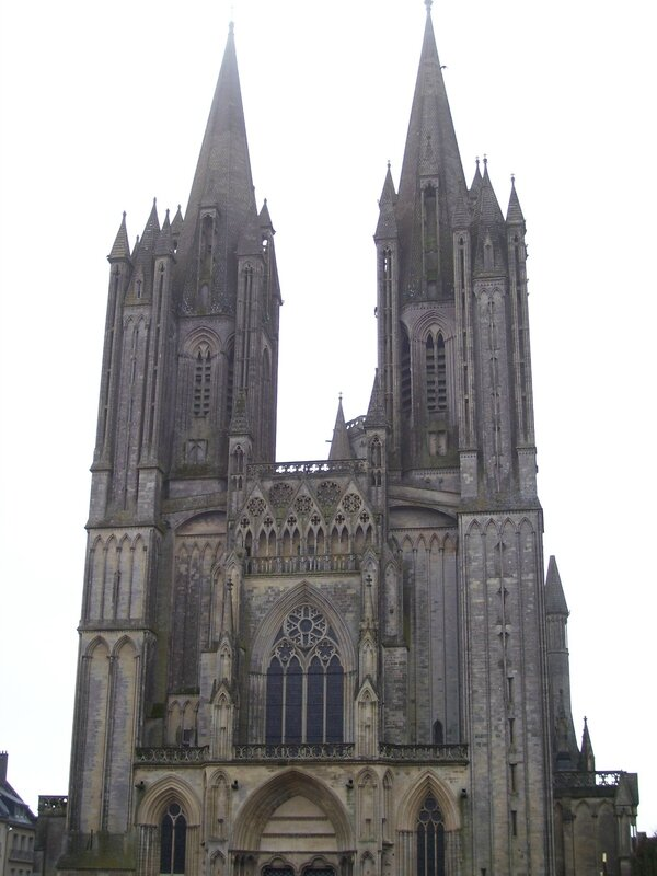 4475_Coutances-cathedrale
