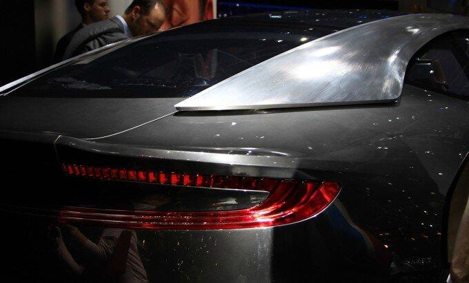 Aston-Martin-DBX-7-680x411