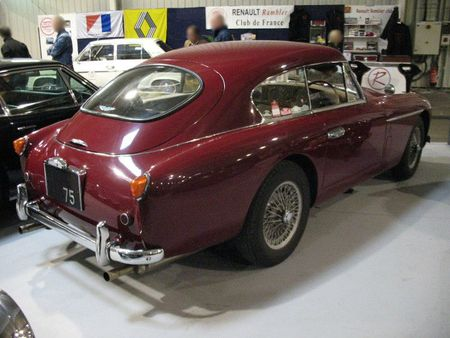 AstonMartinDB2-4ar1