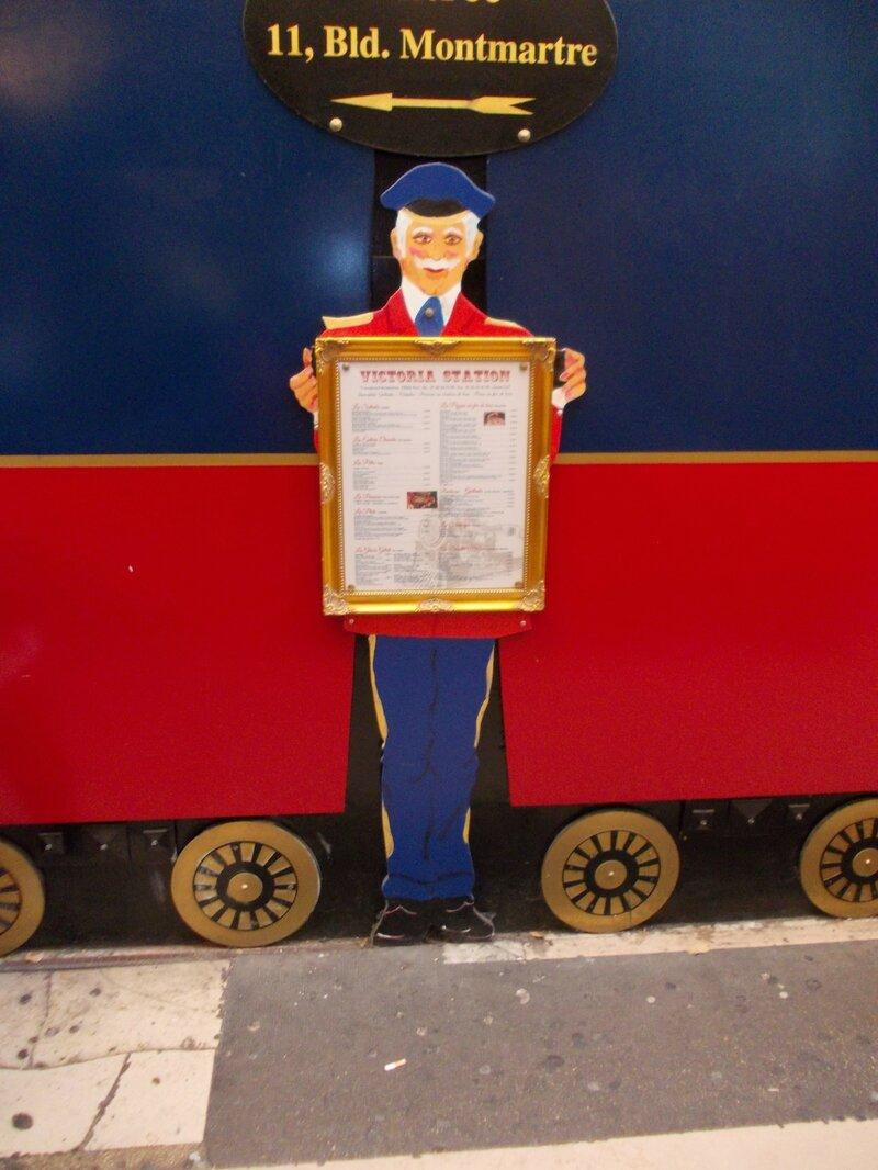 Victoria station -passage-DSCN0470