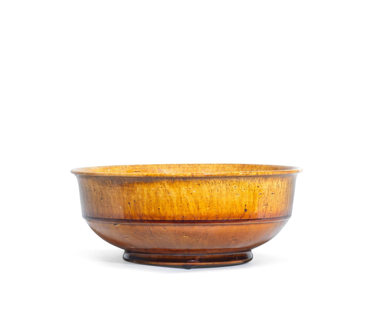 An amber-glazed bowl, Tang Dynasty (618-907)