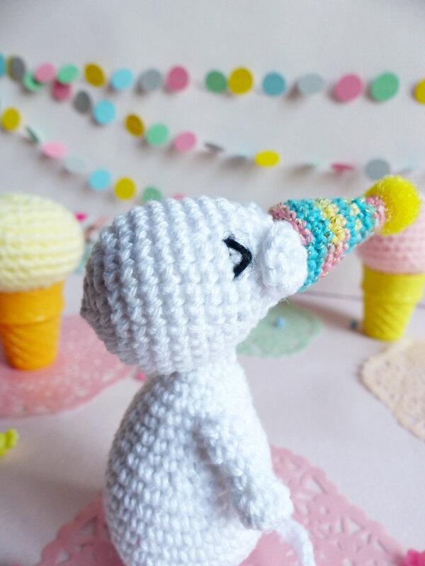 05-moomin-crochet-chapeau-fete-vivyane-veka