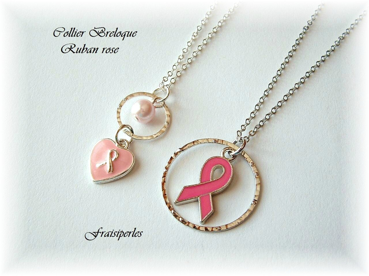 collier breloque ruban rose
