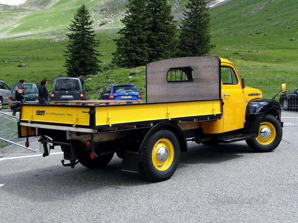 ford_f1_flatbed_1951_4