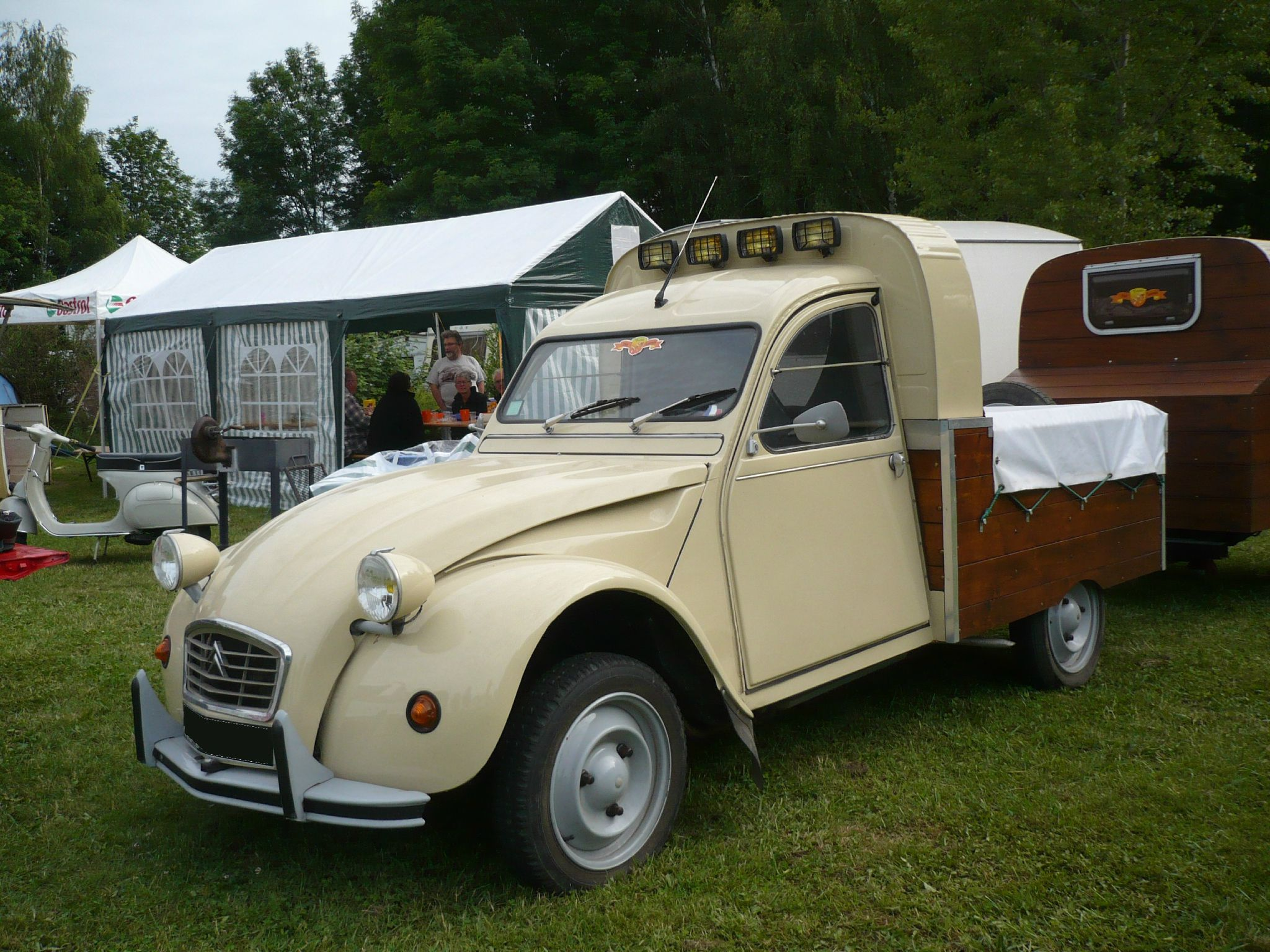 CITROËN 2CV pick-up Madine (1)