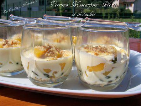 Verrines Mascarpone, Pêches et pistaches 2