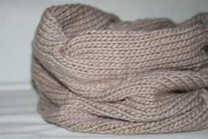 knitted_cowl_julianne_smith_view_9