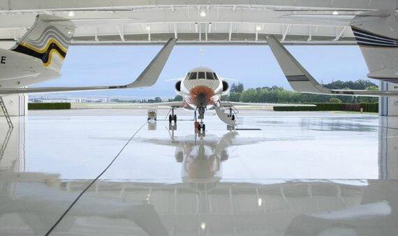 nike-air-hangar-air-planes-02