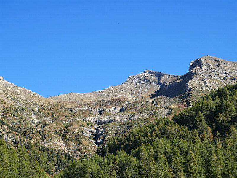 vers le Col de La Pisse, à gauche