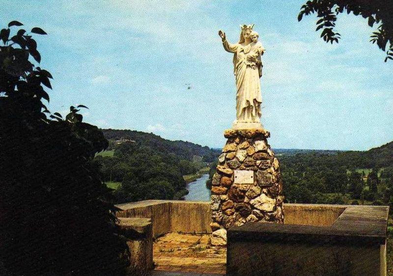 Pléchâtel, Notre Dame de la Paix
