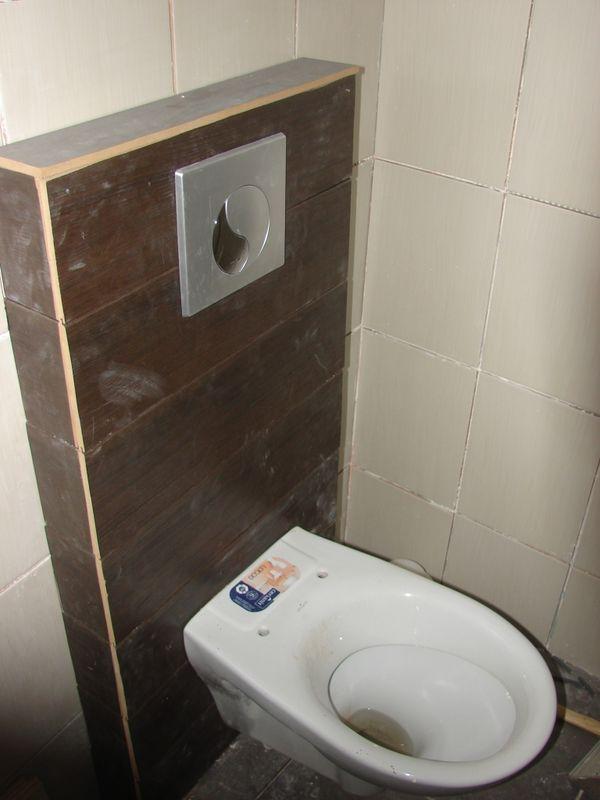 la salle de bain on commence a se rendre compte notre maison alsacienne. Black Bedroom Furniture Sets. Home Design Ideas
