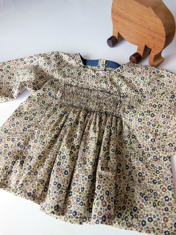Blouse à smocks6M 2-8