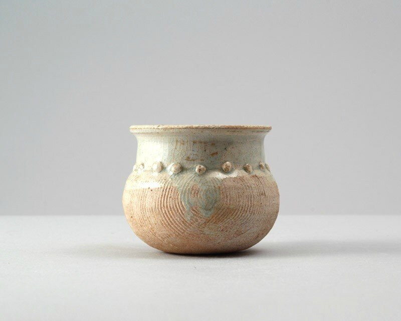 White ware measuring jar for rice, 11th - 12th century,South China, Song dynasty
