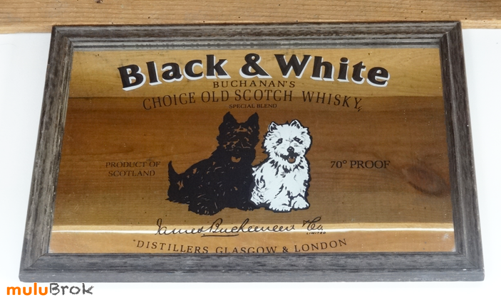BLACK-and-WHITE-whisky-2-muluBrok