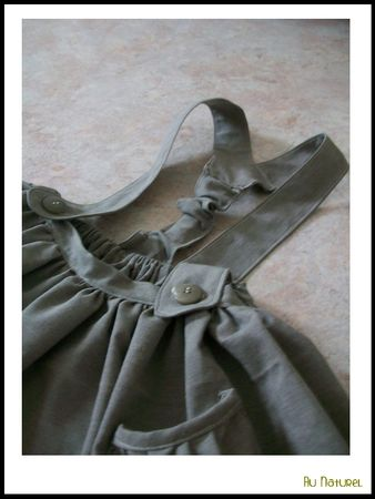 robe_ecoliere_detail