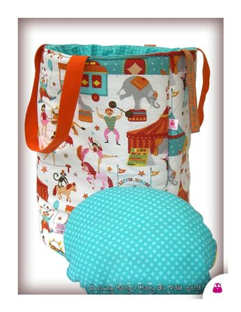 PH2013_06_28-017-turquoise-vert-bleu-orange-rose-pois-cirque-ecuyere-danseuse-cheval-chevaux-dompteur-dresseur-tigre-otarie-singe-elephant-roulotte-circus-mary-du-pole-nord-owly-mary-sac-panier-jouet-bazar-tresor