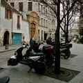 Instantané rue Saint-Julien-le-Pauvre.